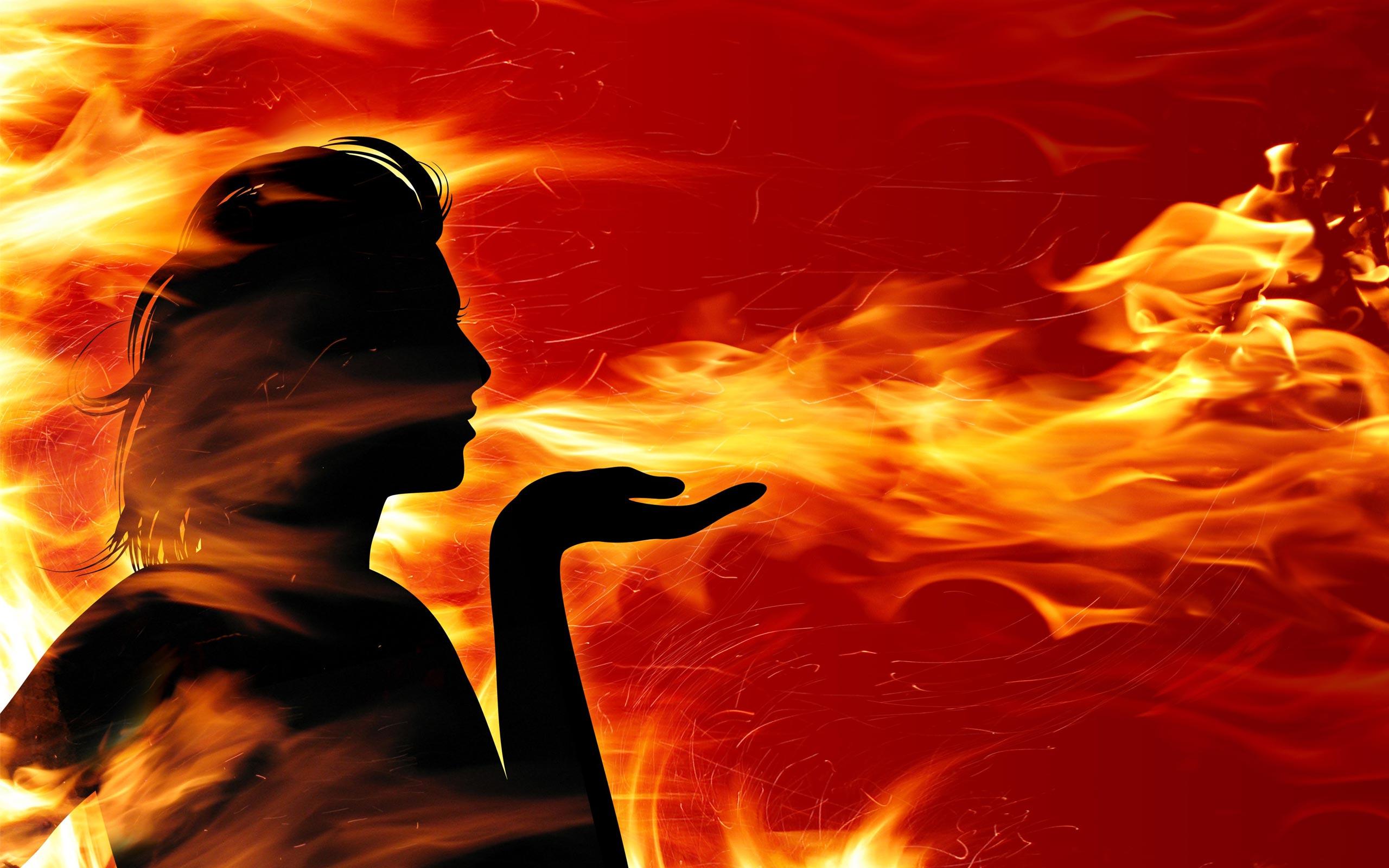 Nằm mơ thấy lửa đánh con gì? Giải mã giấc mơ thấy lửa