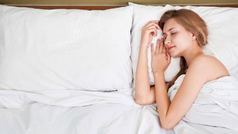 mơ thấy ai đó đang ngủ